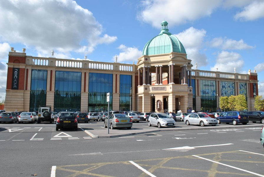 The Trafford Centre Entrace to Barton Square
